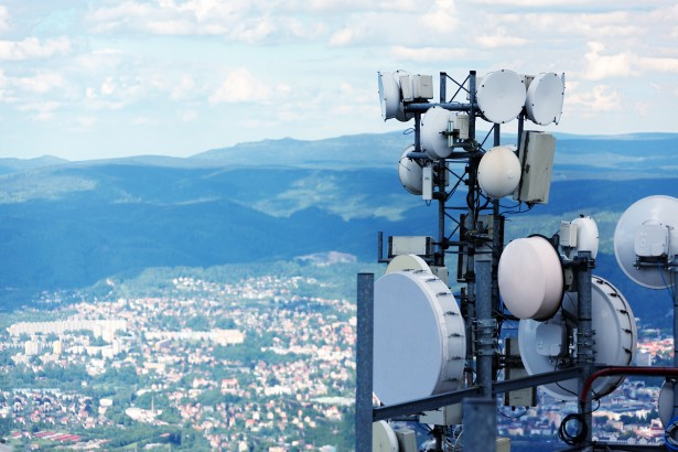 Airtel, Vodafone to disclose details about 'segmented offers' of TRAI